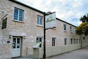 Image of Caledonian Inn.